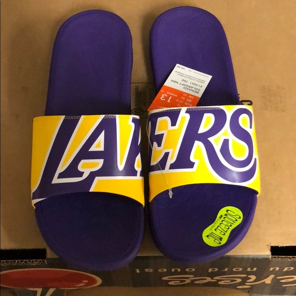 new style 28cce 6ad2d Nike Benassi Solarsoft Los Angeles Lakers Slides